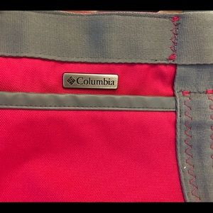 Columbia Nylon Zippered Bag Pink